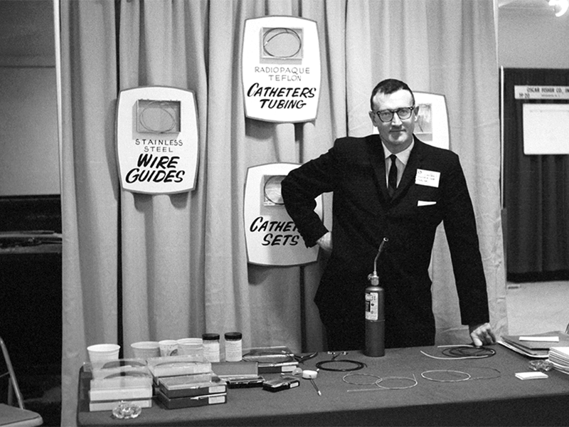 Cook Inc. founder Bill Cook debuts his wire guide, catheter, and needle set at the 1963 Radiological Society of North America conference in Chicago.